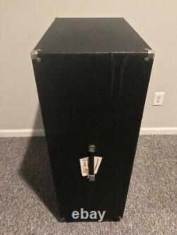 1968 Sunn 4x12 cabinet with Jensen C12-N Speakers. Rare, Very Clean. W Cover