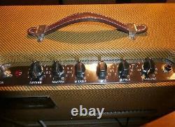 Fender Blues Junior, getunt Größeres Gehäuse, Jensen Special Design Speaker