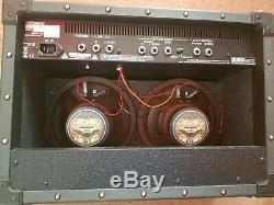 ROLAND JC22 JAZZ CHORUS GUITAR AMP AMPLIFIER COMBO With 8 Inch Speakers