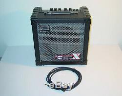 Ampli Roland Cube-30x 30 Watts Avec Effets + Haut-parleur Pour Câble De Guitare / Amplificateur