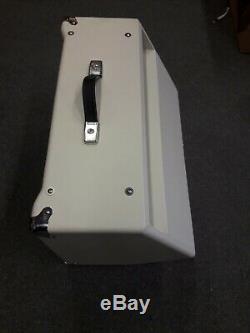 Cort Af60 Amplificateur De Guitare Acoustique, 60 Watts, 2 X 8 Haut-parleurs, Entrée Micro, Vgc