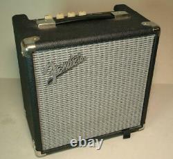 Fender Rumble 15 Guitare Ampli Combo Pour Basse 15w Haut-parleur Pratique Amp