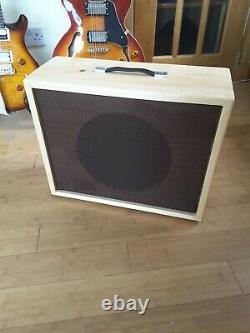 Nouveau Cabinet Des Présidents De Guitare. 1 X 12 Avec Marshall Celestion G12t Utilisé