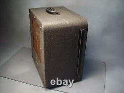 Vintage Bell Et Howell Filmosound 179 Haut-parleur Armoire 1947 Sonne Merveilleux